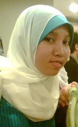 Fazreen Azmi   207952
