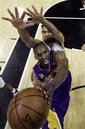 [thumb.c280efac32a34ff098a6c4481bf4e7b0.lakers_spurs_basketball_saa128]