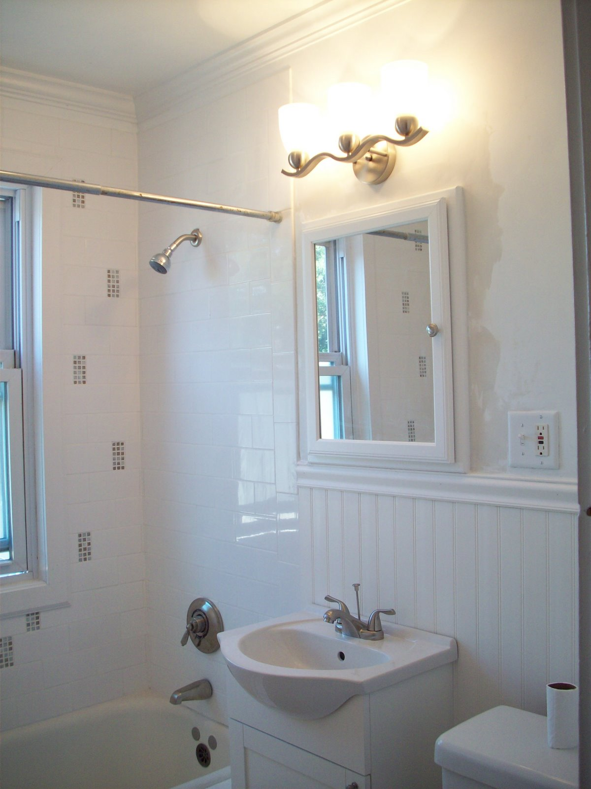 DESIGN IMAGINE DESIGN BUILD Cape Cod Style Bathroom Remodel JML