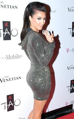 Kim Kardashian+Lichtenberg Dress+fashionablyfly.blogspot.com