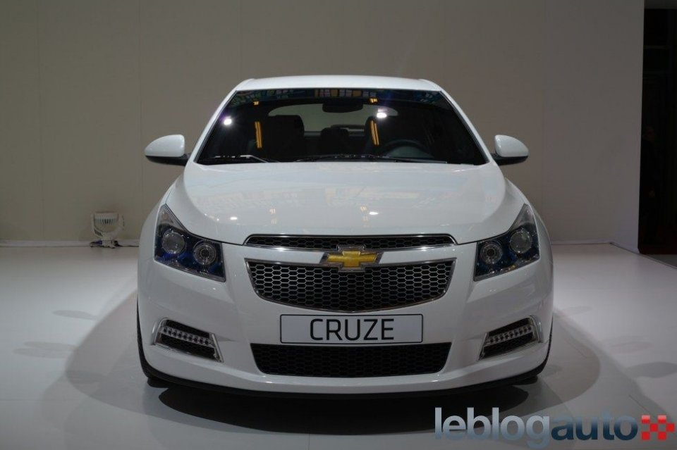 Image Result For Chevrolet Cruzea