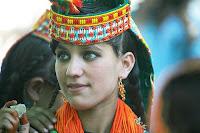 kalash girl  Kalash: Οι Ταλιμπάν μισούν την παράδοσή τους