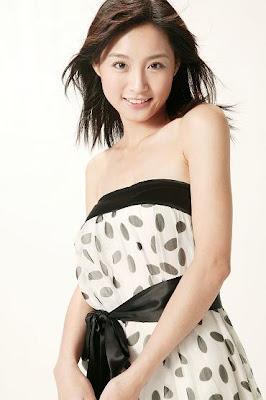 http://2.bp.blogspot.com/_N4sdOg4fYCg/TPCoHc9JNYI/AAAAAAAACdY/4LLNJIx93jo/s1600/Zhao-Rong-%E8%B6%99%E6%A6%AE-3.jpg