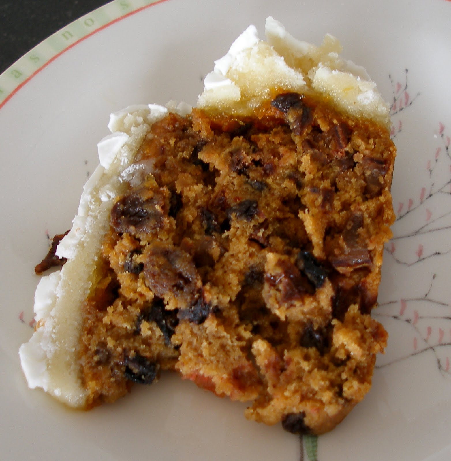 Holiday Cake Recipes Pictures : The Knitting Blog by Mr. Puffy the Dog: A Traditional ...