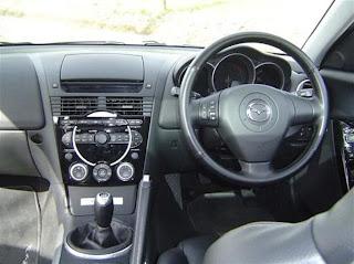 http://2.bp.blogspot.com/_N62jN4qlWY4/R8bf94gmWeI/AAAAAAAAAP8/nxoqJz9g7gc/s320/Mazda_RX8_interior.jpg