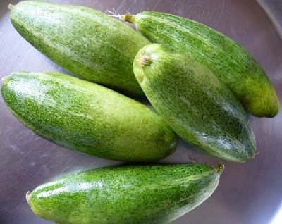 Mom's Cooking: Parwal (Pointed Gourd) Sambar