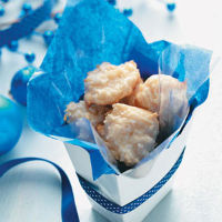 Gourmet chewy Coconut Macaroons Recipe