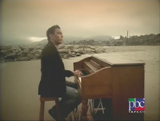persianmusicvideo.blogspot.com-shadmehr-adat%5B%28002086%2902-57-40%5D.JPG