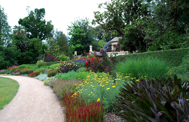 The Intercontinental Gardener: A biased report of the Royal Botanic ...