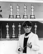 Edith Head Gives Good Wardrobe!