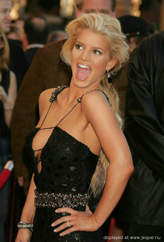 Sexy Celebrity Photo Collection: Jessica Simpson