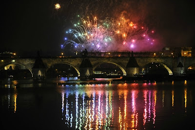Poze artificii praga, revelion praga 2009, podul carol cehia, chars bruck