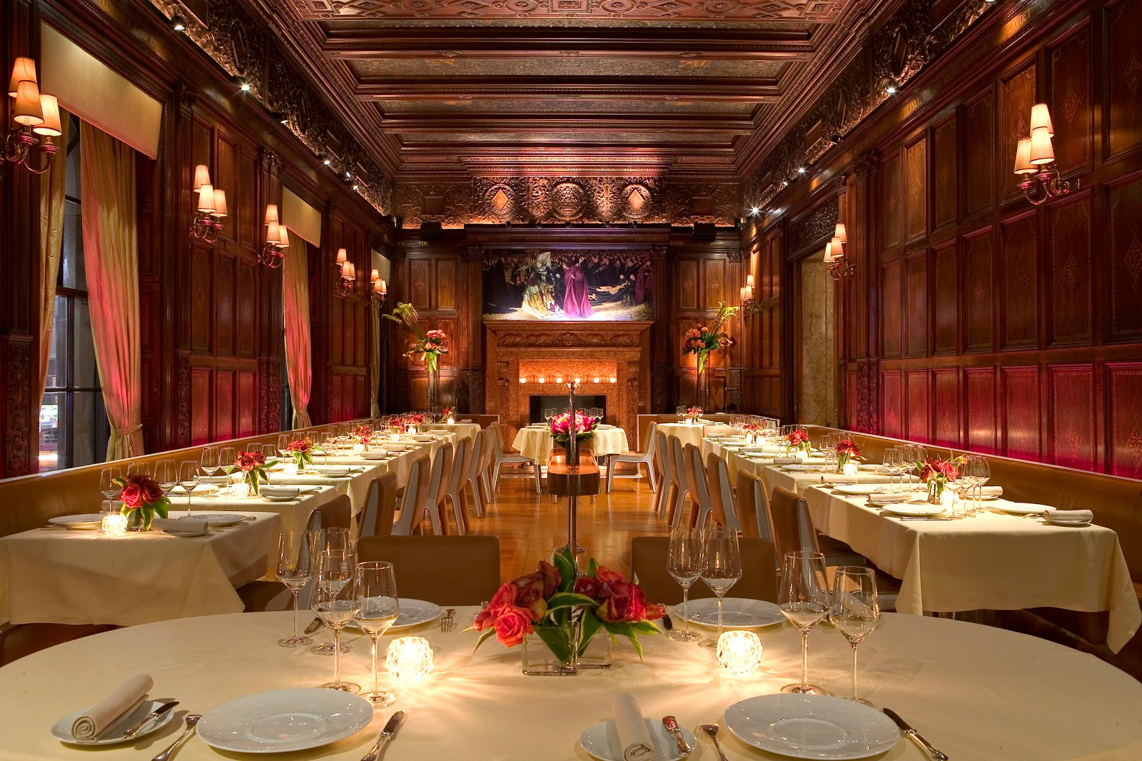 TOP 10 Best-Looking Restaurants in New York restaurants TOP 10 Best-Looking Restaurants in New York H84WF 27276157 GiltFireplace2008