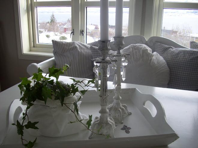Kjøkkenbordet mars 09