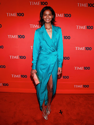 Liya Kebede continues her love for Rachel Roy in this turquoise tuxedo dress