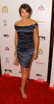 Deborah Lee Looks Elegant As Usual In This Floral Sheered Dress