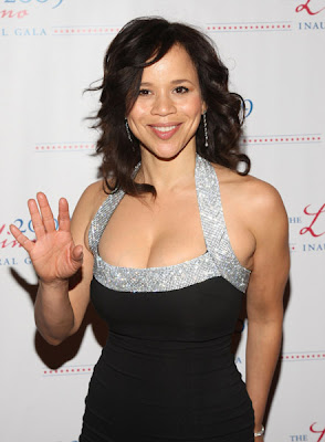 Will Someone Inform Rosie Perez That This Is A Black Tie Event I