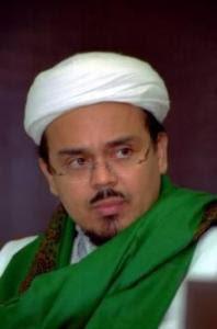 Habib Rizieq, le très redouté chef du FPI, dont les exactions à Jakarta et sa banlieue ainsi que dans d'autres régions du pays ont marqué l'année (http://berita-kilat.blogspot.com).