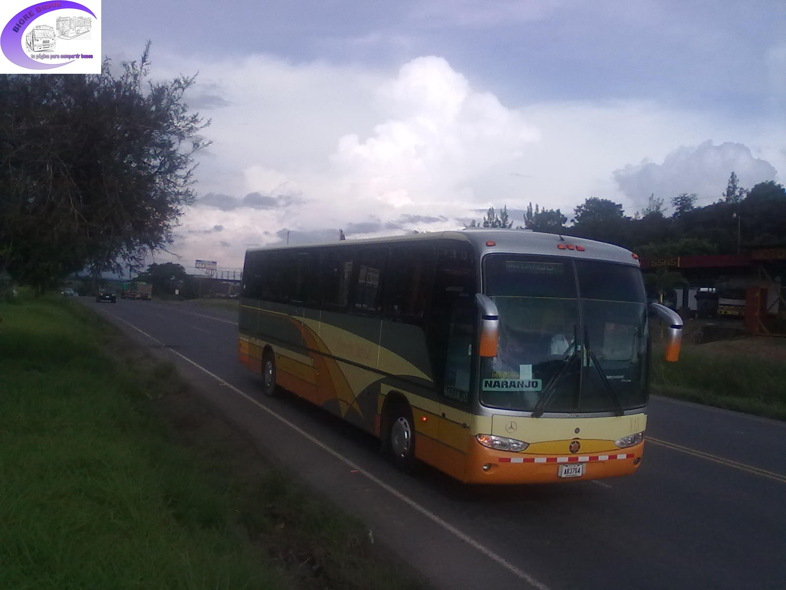 Bigre buses por pista for San jose mercedes benz