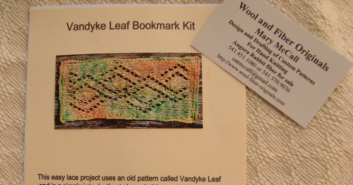 Days of Tea and Knitting: Knit a Lace Bookmark!