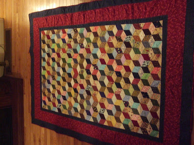 Free pattern: Tumbling blocks baby quilt · Quilting