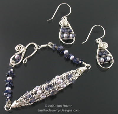 How to Buy Bulk Sterling Silver Jewelry Wire | eHow.com