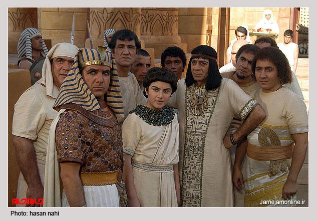 قصة يوسف المعرضَة في قناة الكوثر من تفاسير العلامة الشيخ الحجاري الرميثي من العراق 15 جزء بالصورة والحركة  L00942256669