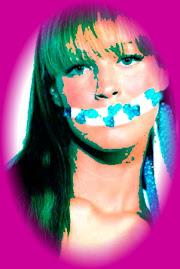 Pela Liberdade de Expressão.......