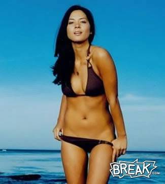 Olivia Munn bikini photo gallery
