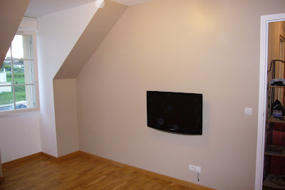 Cacher fils tv mur