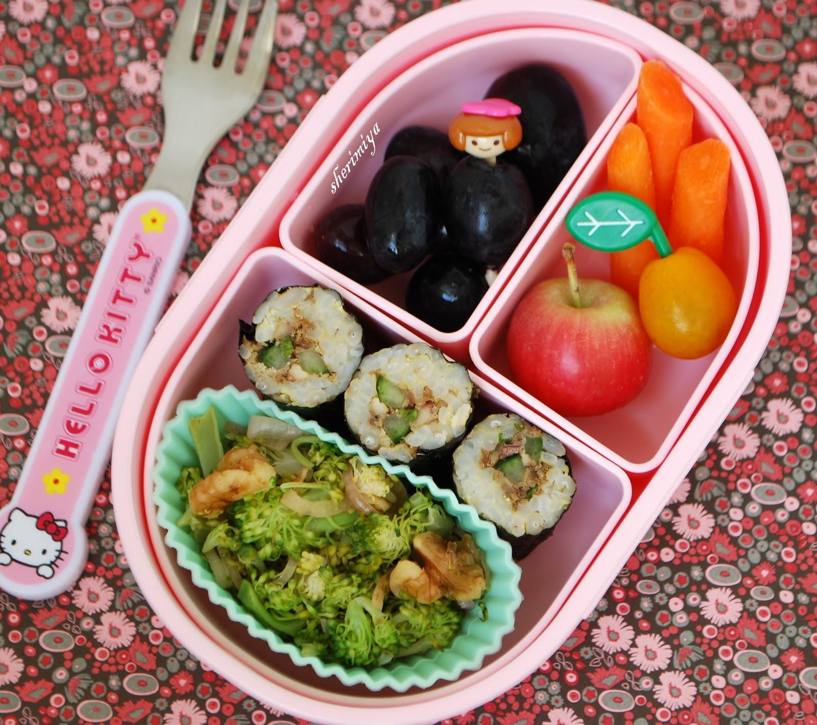 happy little bento sushi and jack o 39 egg bento. Black Bedroom Furniture Sets. Home Design Ideas