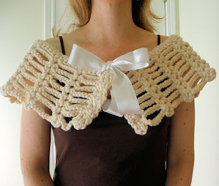 simple beginner pdf crochet pattern shawl capelet lacy capelet