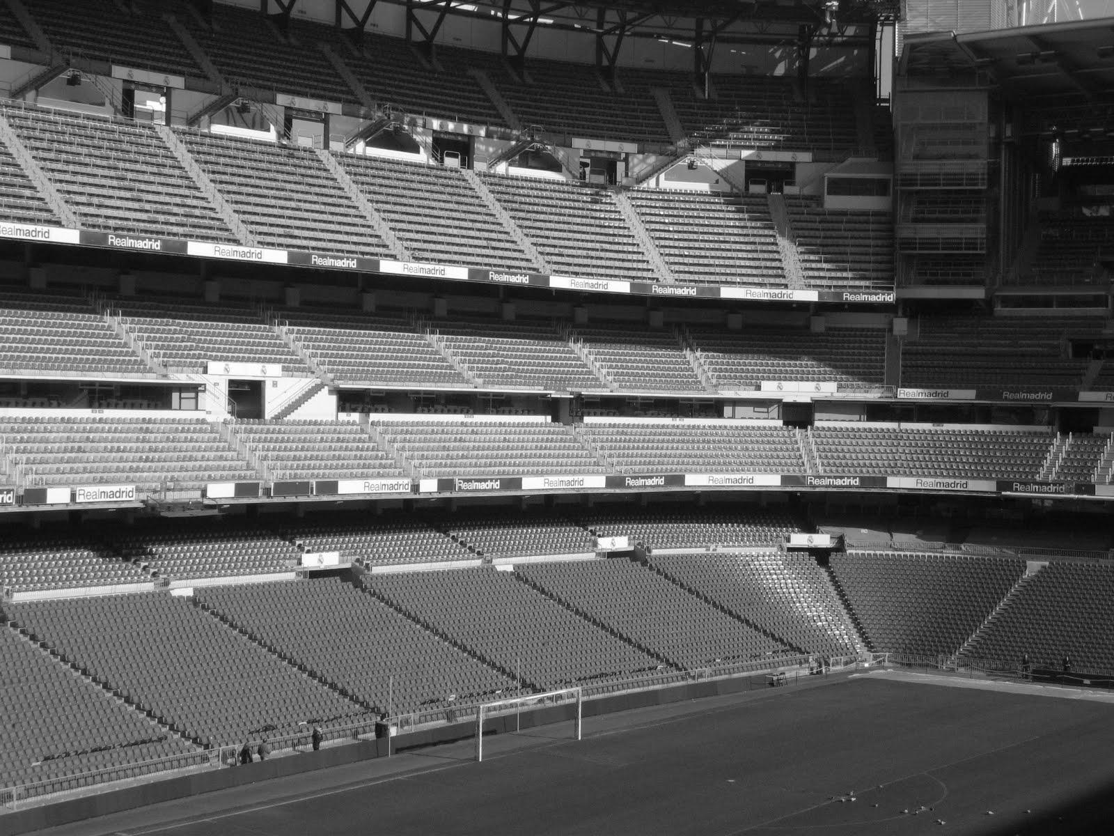 Est dio 11 est dio santiago bernab u for Estadio bernabeu puerta 0