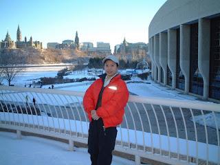 国会山庄后面,Ottawa,2002