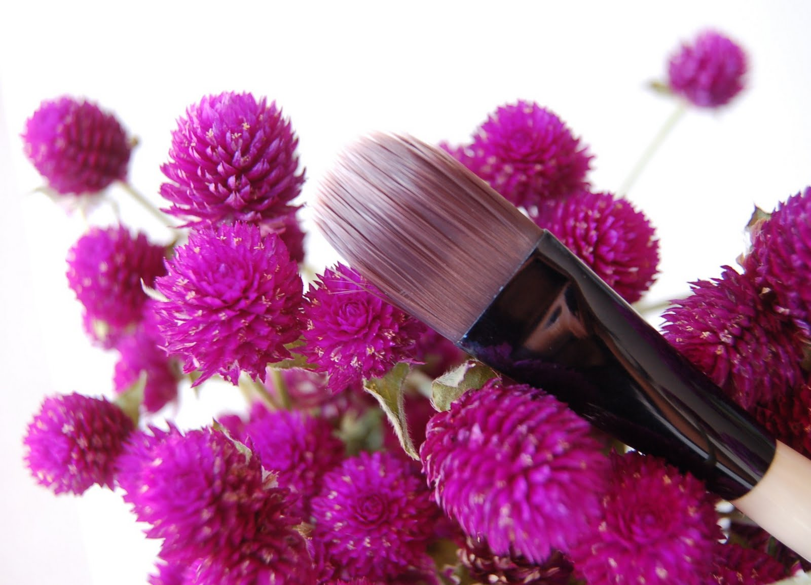 how to clean bobbi brown foundation brush