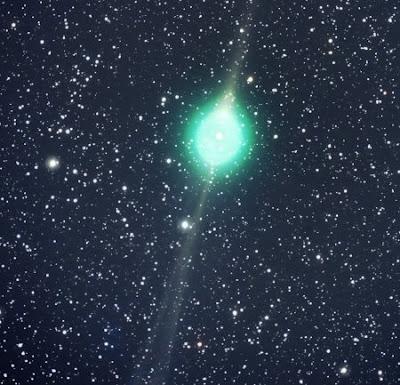 http://2.bp.blogspot.com/_NNDRGQHjT0M/SaC8jFMDvsI/AAAAAAAAG3M/-qPTDq61tlg/s400/cometa+verde.jpg