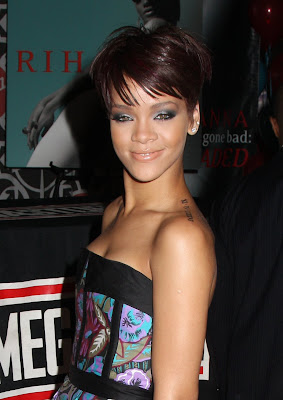 Rihanna Hairstyles Image Gallery, Long Hairstyle 2011, Hairstyle 2011, New Long Hairstyle 2011, Celebrity Long Hairstyles 2054