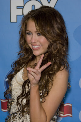 Miley Cyrus Curls Hair and Wavy