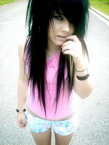 emo girl with black and blue hair. Emo Girl Black Hair Blue Eyes