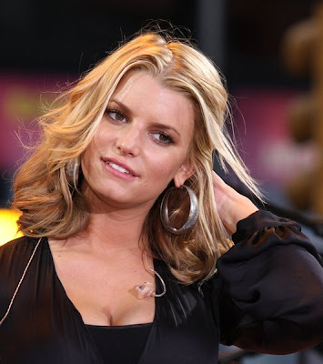 jessica simpson wedding hairstyle. Jessica Simpson 2008 winter