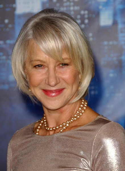 Short hairstyles for older women pictures 3