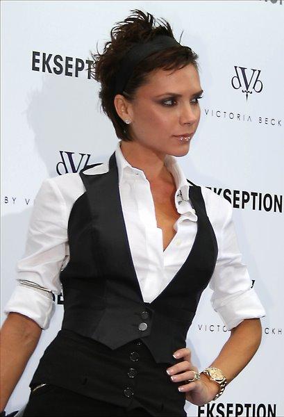 victoria beckham haircut. Victoria Beckham Haircut