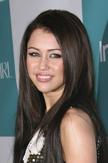 Miley Cyrus Romance Hairstyles Gallery, Long Hairstyle 2013, Hairstyle 2013, New Long Hairstyle 2013, Celebrity Long Romance Hairstyles 2031