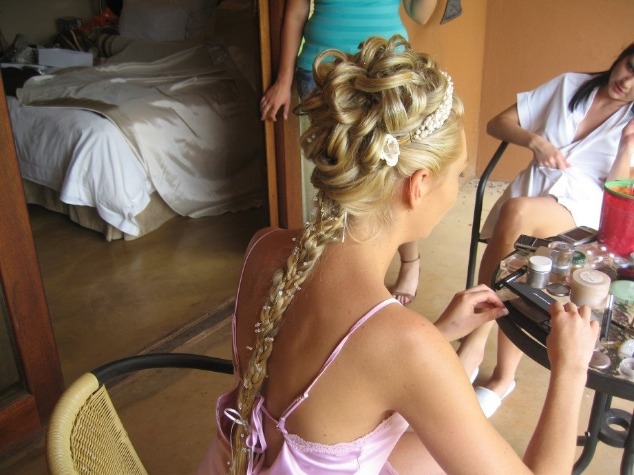 Long black hair 2009 prom hairstyle 4 Medium Length Blonde Hairstyles with