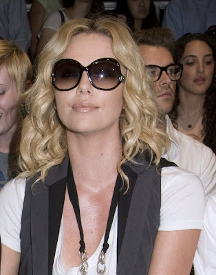 If you want to get a cut just like Charlize Theron, there are a few things