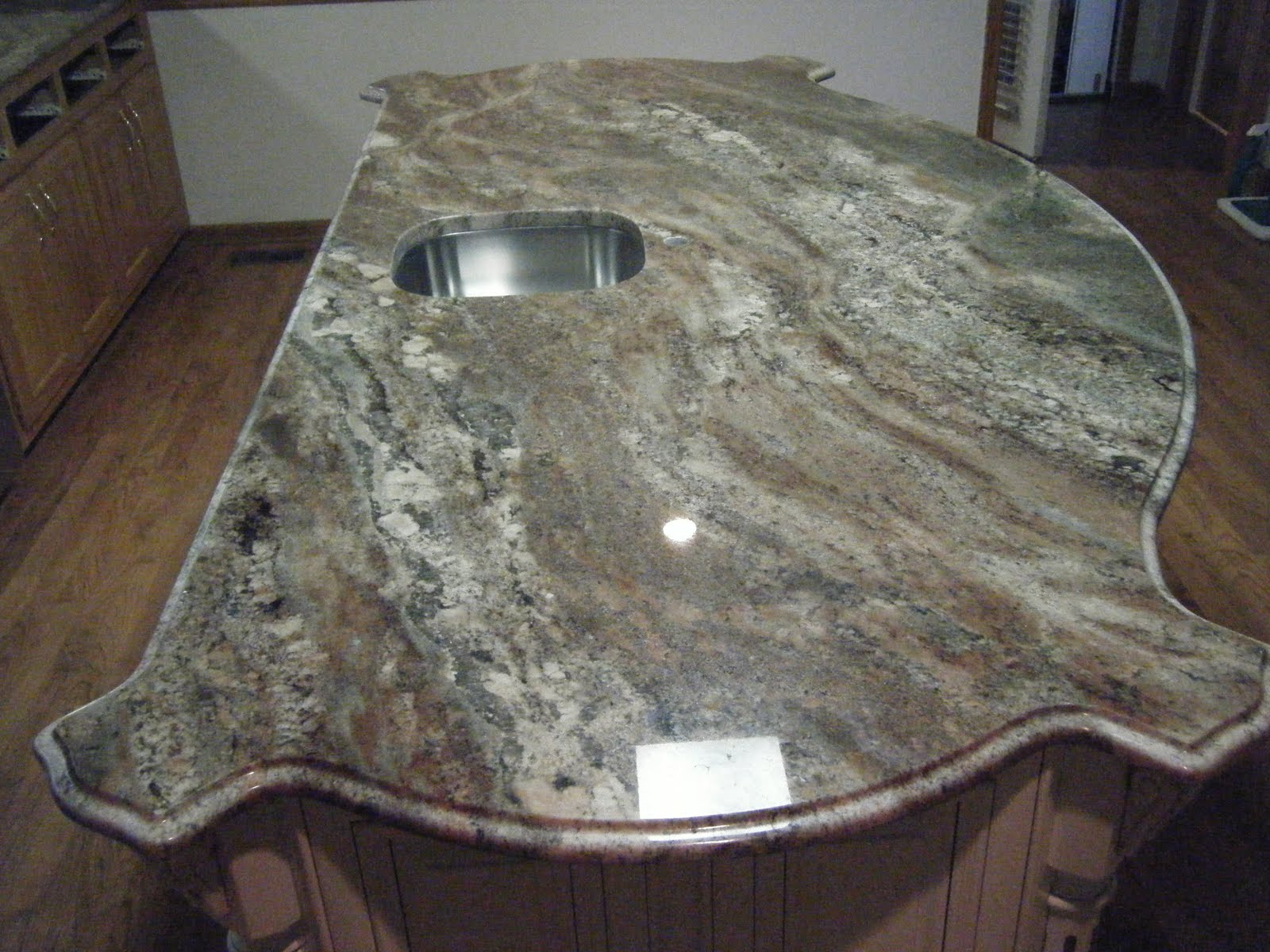 Lyra Quartz Countertop Price