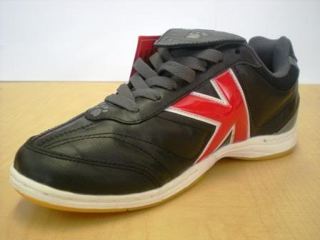 Sepatu Futsal Kelme