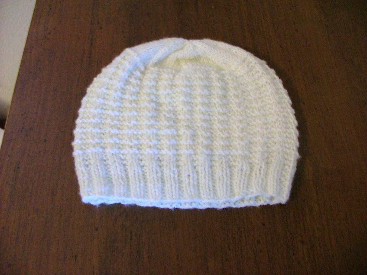 Eccezionale filoturchino: 3 cappellini neonato QG16