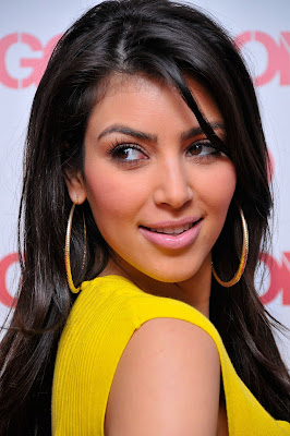 Biography  Kardashian on Home Of Hot Celebrity Profile  Kim Kardashian Biography