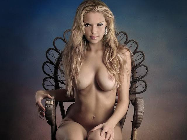 Katherine Heigl nude big tits topless